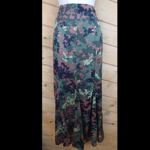 Forever 21 Camo Maxi Long Skirt Lightweight Poly
